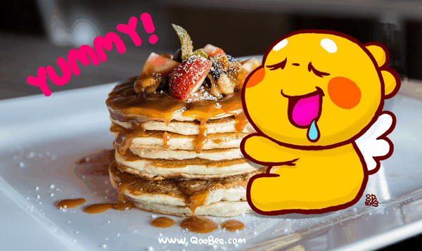 QooBee Loves Pancake with Honey for Dessert