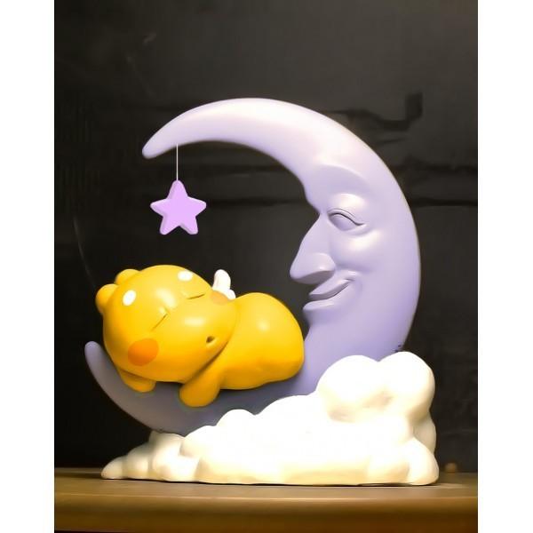 qoobee-vinyl-moon